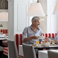 Отель BW Premier Collection The Harmonie Vienna гостиничный бар