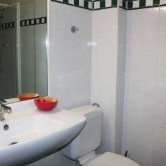 Story'Inn Hotel Брюссель ванная