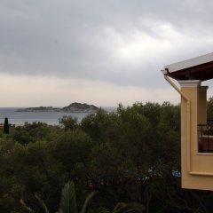 Отель Villa Helen's Apartments Греция, Корфу - отзывы, цены и фото номеров - забронировать отель Villa Helen's Apartments онлайн балкон