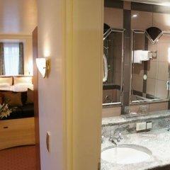 Отель Asam Hotel München Германия, Мюнхен - отзывы, цены и фото номеров - забронировать отель Asam Hotel München онлайн ванная