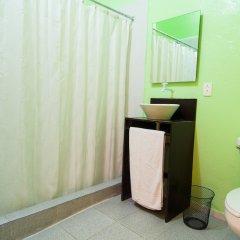 Отель Hostal Amigo Suites Мексика, Мехико - 3 отзыва об отеле, цены и фото номеров - забронировать отель Hostal Amigo Suites онлайн ванная