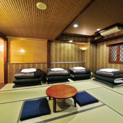Отель Khaosan World Asakusa Ryokan Токио спа