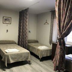 Отель Hostal Liwi Испания, Барселона - отзывы, цены и фото номеров - забронировать отель Hostal Liwi онлайн комната для гостей фото 3