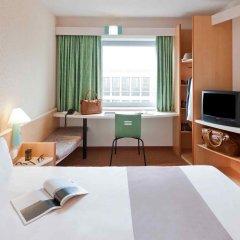 Отель ibis Köln Messe Германия, Кёльн - отзывы, цены и фото номеров - забронировать отель ibis Köln Messe онлайн комната для гостей фото 2