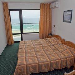 Отель SLAVYANSKI Солнечный берег комната для гостей фото 3