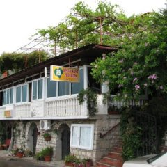 Apartments Pod Lozom in Petrovac, Montenegro from 82$, photos, reviews - zenhotels.com parking