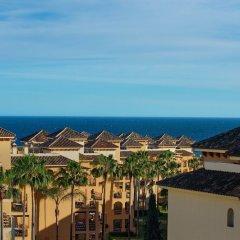 Отель Marriott's Marbella Beach Resort пляж