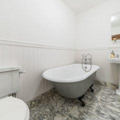 Отель Cherry Tree Великобритания, Лондон - отзывы, цены и фото номеров - забронировать отель Cherry Tree онлайн ванная