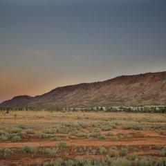Отель Crowne Plaza Alice Springs Lasseters фото 4