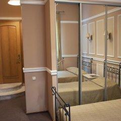 Гостиница Гостиный Двор Одесса комната для гостей фото 4