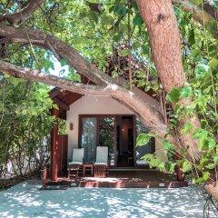 Отель Reethi Faru Resort фото 6