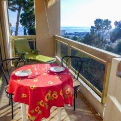 Отель Domaine Du Clairfontaine Франция, Ницца - отзывы, цены и фото номеров - забронировать отель Domaine Du Clairfontaine онлайн балкон