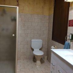 Desert Cave Hotel ванная