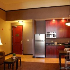 Отель Homewood Suites by Hilton Indianapolis Downtown в номере фото 2