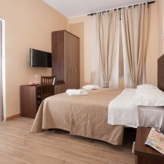 Отель Trinity Guest House Италия, Рим - отзывы, цены и фото номеров - забронировать отель Trinity Guest House онлайн комната для гостей фото 3