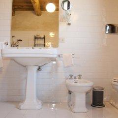 Отель Casone Ugolino Кастаньето-Кардуччи ванная фото 2
