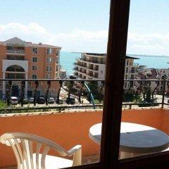 Отель Guest House Mihaela Болгария, Свети Влас - отзывы, цены и фото номеров - забронировать отель Guest House Mihaela онлайн балкон