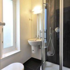 Отель Be And Be Sablon 5 Брюссель ванная