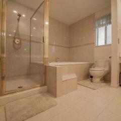Отель Luxurious 5BR near Las Vegas Strip США, Лас-Вегас - отзывы, цены и фото номеров - забронировать отель Luxurious 5BR near Las Vegas Strip онлайн ванная фото 2