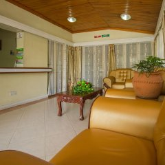 Отель Jumuia Guest House Nakuru Кения, Накуру - отзывы, цены и фото номеров - забронировать отель Jumuia Guest House Nakuru онлайн интерьер отеля фото 2