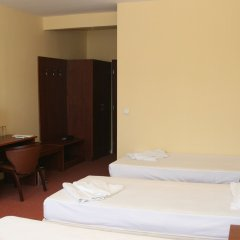Отель Avenue Болгария, Бургас - отзывы, цены и фото номеров - забронировать отель Avenue онлайн удобства в номере фото 2