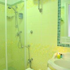 Отель B-Cool Rome Adults Only B&B ванная фото 2
