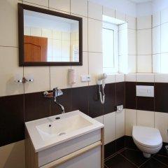 Отель Penzion Eduard Чехия, Франтишкови-Лазне - отзывы, цены и фото номеров - забронировать отель Penzion Eduard онлайн ванная фото 2