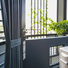Post Factory Bed & Breakfast Sathorn Hostel - Adults Only Бангкок фото 3
