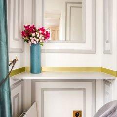 Отель Sunshine 2 bedroom - Luxury at Louvre Париж фото 19