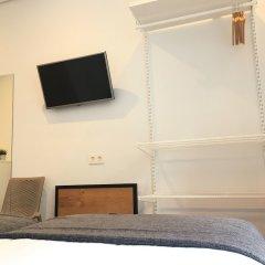 Отель Pension La Perla Испания, Сан-Себастьян - отзывы, цены и фото номеров - забронировать отель Pension La Perla онлайн удобства в номере