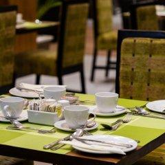 Protea Hotel by Marriott Benin City Select Emotan питание фото 2