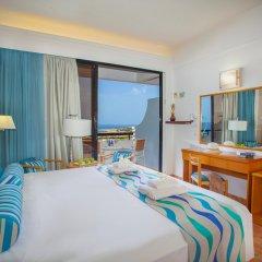 Отель Cavo Maris Beach комната для гостей