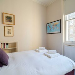 Отель Elegant Home near Kensington High Street Великобритания, Лондон - отзывы, цены и фото номеров - забронировать отель Elegant Home near Kensington High Street онлайн комната для гостей