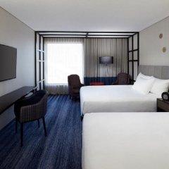 Отель DoubleTree by Hilton Montreal Канада, Монреаль - отзывы, цены и фото номеров - забронировать отель DoubleTree by Hilton Montreal онлайн комната для гостей фото 5