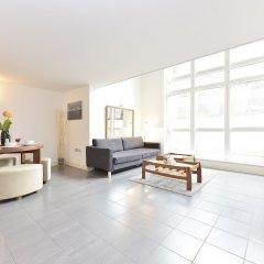 Апартаменты Glorious City Apartments комната для гостей фото 2