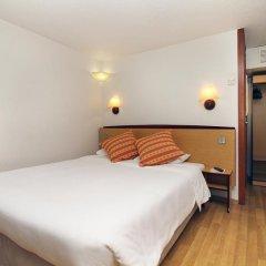 Отель Campanile Cannes Ouest - Mandelieu Канны сейф в номере