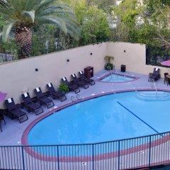 Отель Best Western Hollywood Plaza Inn США, Лос-Анджелес - отзывы, цены и фото номеров - забронировать отель Best Western Hollywood Plaza Inn онлайн с домашними животными