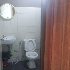 Отель J 168 Living Бангкок ванная фото 2