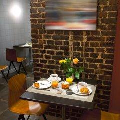 Отель Hôtel Boris V. by Happyculture в номере фото 2