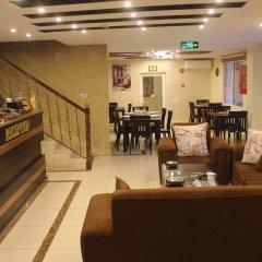 Отель Shaqilath Hotel Иордания, Вади-Муса - отзывы, цены и фото номеров - забронировать отель Shaqilath Hotel онлайн питание фото 3