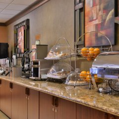 Отель Best Western Plus Cascade Inn & Suites питание фото 3