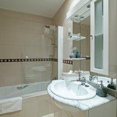 Отель Apto La Latina Plaza Cascorro ECM18 Мадрид ванная