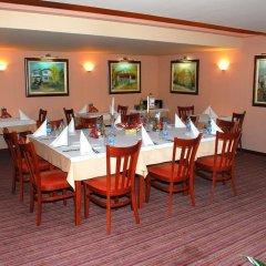 Отель Velbazhd Болгария, Кюстендил - отзывы, цены и фото номеров - забронировать отель Velbazhd онлайн питание фото 2
