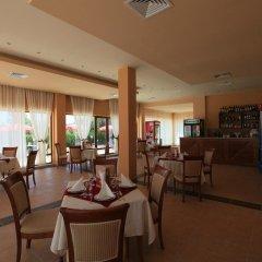 Отель Galeria Holiday Apartments Болгария, Аврен - отзывы, цены и фото номеров - забронировать отель Galeria Holiday Apartments онлайн гостиничный бар