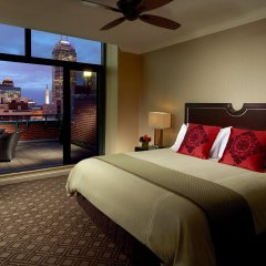 Omni Severin Hotel комната для гостей фото 3