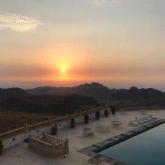 Отель Grand View Hotel Иордания, Вади-Муса - отзывы, цены и фото номеров - забронировать отель Grand View Hotel онлайн приотельная территория фото 2