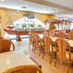 Отель Prescott Hotel KL Medan Tuanku Малайзия, Куала-Лумпур - 1 отзыв об отеле, цены и фото номеров - забронировать отель Prescott Hotel KL Medan Tuanku онлайн гостиничный бар