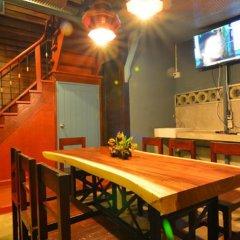 Отель La Moon Hostel Таиланд, Бангкок - отзывы, цены и фото номеров - забронировать отель La Moon Hostel онлайн питание