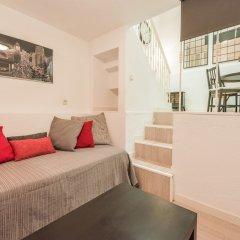 Отель Apartamento Loft Montserrat 1 Испания, Мадрид - отзывы, цены и фото номеров - забронировать отель Apartamento Loft Montserrat 1 онлайн комната для гостей