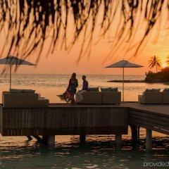 Отель Four Seasons Resort Maldives at Kuda Huraa пляж фото 2